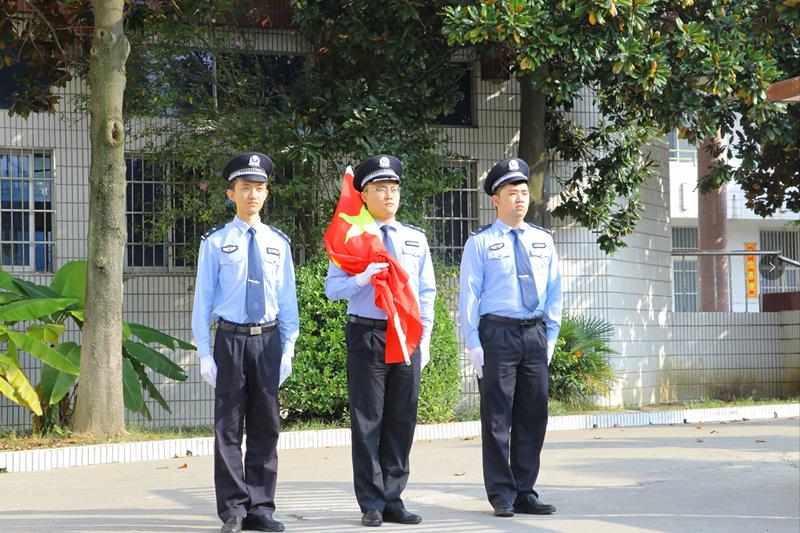 湖熟街道:同升国旗  同唱国歌  同抒爱国情
