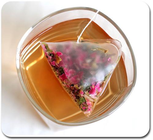 双语:喝袋泡茶的人注意了 你喝进去的是微塑料!