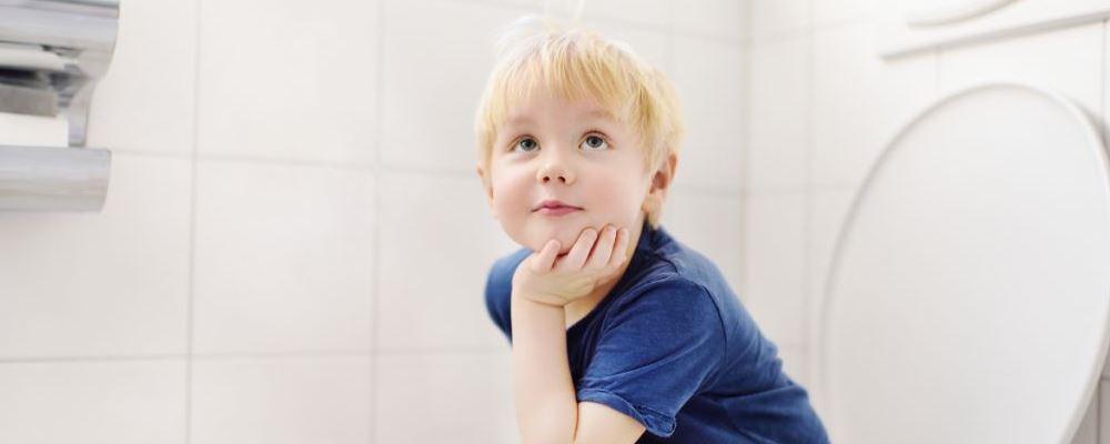 小儿尿频是什么原因 小儿尿频的发病原因 小儿尿频有哪些症状