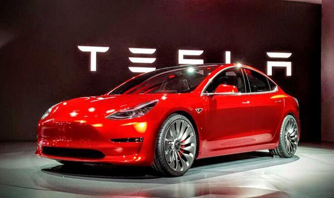 国产Model 3享补贴 特拉斯称第一批交付在春节前