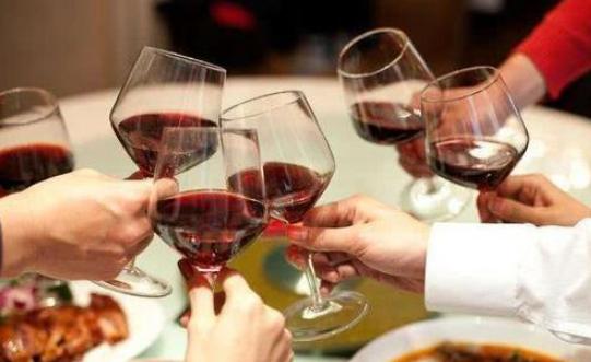 """每天适量""""饮酒"""",对身体竟有这""""3个好处"""""""