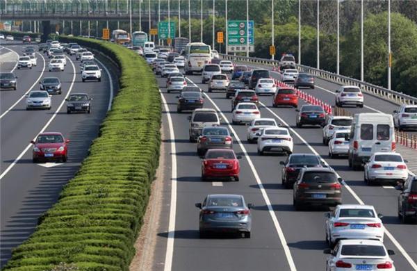 快讯 | 公安部:我国私家车保有量已突破2亿辆