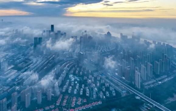 """报告总结上半年楼市:热度持续回升 """"房住不炒""""依旧"""