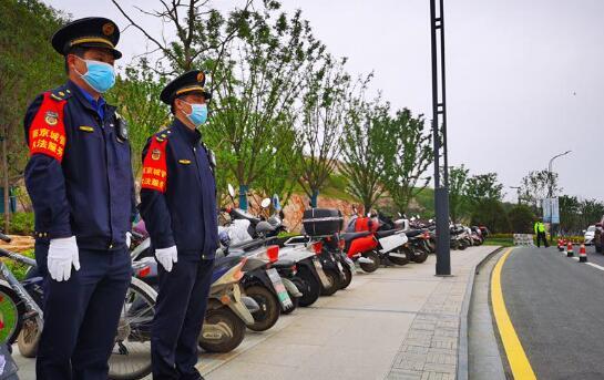 南京城管系统调集3.86万人次保障园博园秩序