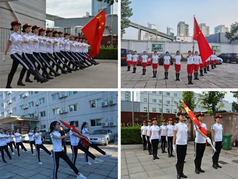 8月20日,长江师范学院收到中央广播电视总台文艺节目中心综艺频道《回声嘹亮》节目组邀请,该校校国旗护卫队将参与《回声嘹亮》国庆特别节目录制。接到任务后,13名国旗护卫队队员在校团委书记谢艳和指导老师吴世娇的带领下于8月26日赶赴北京,并于8月28日圆满完成节目录制。