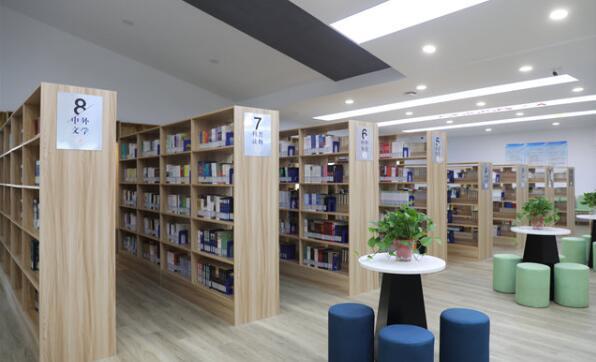 武进图书馆与学校首家合作的无人值守书房